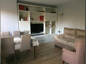Habitación luminosa en piso reformado