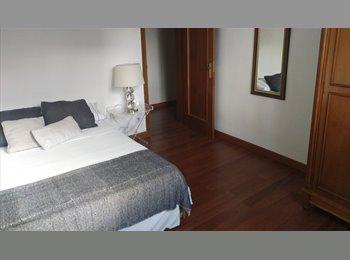 Habitación exterior con cama doble