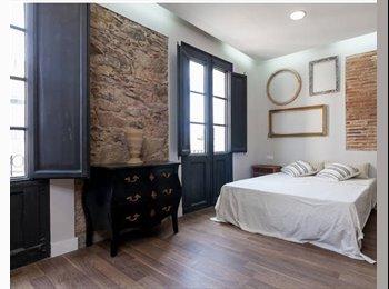 EasyPiso ES - Habitación con baño privado en Casa, Gràcia - 590 € por mes