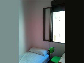 EasyPiso ES - Habitaciones individuales en Chamberí, Chamberí - 300 € por mes