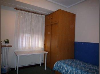 Alquilo en Abando-Indautxu dos habitaciones exteriores...