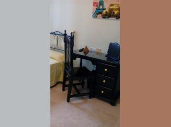 Se alquila habitación individual entre vialia y centro