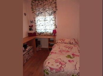 EasyPiso ES - Habitación para chica formal, Carabanchel - 250 € por mes