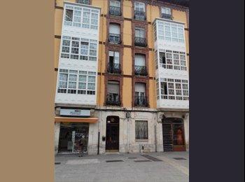 Se alquila habitación en pleno centro comercial de Burgos