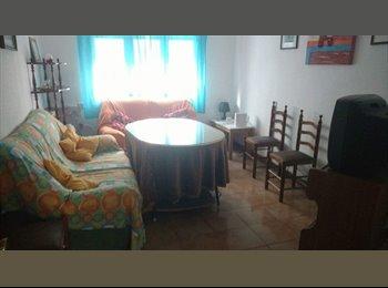 EasyPiso ES - Habitación disponible junto a Plaza de Toros , Granada - 167 € por mes