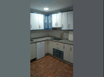 EasyPiso ES - Alquiler habitación grande Avda Jesús Rescatado, Córdoba - 167 € por mes