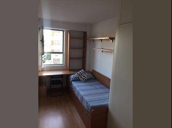 EasyPiso ES - Sanchinarro.  Piso compartido por habitaciones. Ideal Estudiante, Hortaleza - 370 € por mes