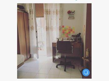 EasyPiso ES - Alquilo habitacion en atocha, Centro Ciudad - 350 € por mes
