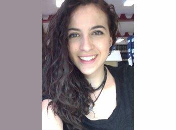 Marta - 20 - Estudiante