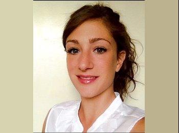 Elena - 26 - Estudiante