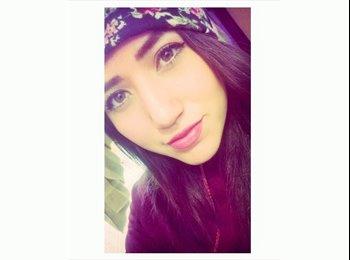 Mariana   - 20 - Estudiante