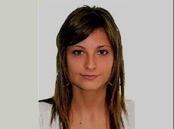 Montse - 23 - Estudiante