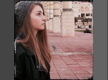 EasyPiso ES - Sara - 18 - Barcelona