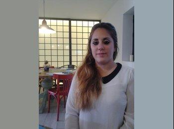 EasyPiso ES - Cristina María - 23 - Cádiz
