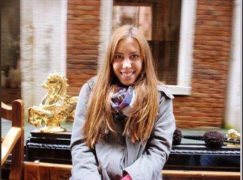 Tania - 19 - Estudiante