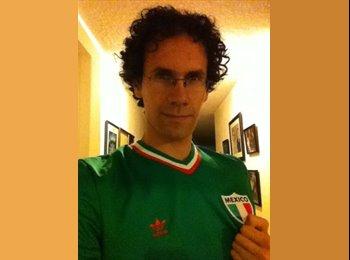 Arturo Rodríguez - 27 - Estudiante