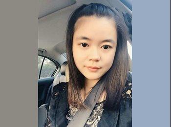 Carla - 22 - Estudiante