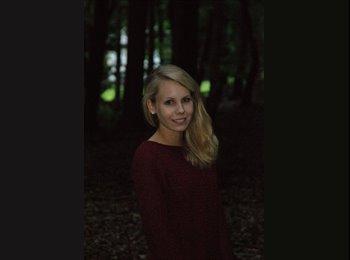 Aline Fischer - 21 - Estudiante