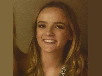 Ani Barrett - 20 - Estudiante