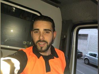 Alberto - 25 - Trabajador