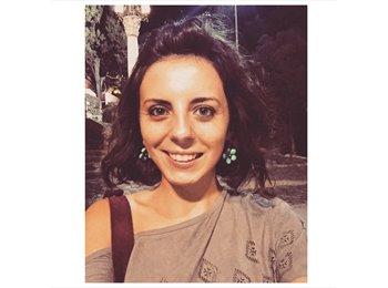 Eleonora  - 22 - Estudiante