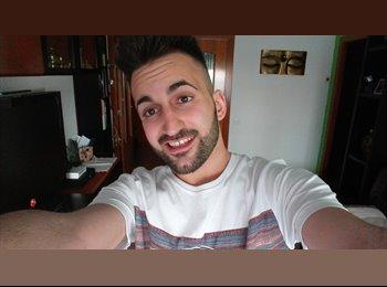 EasyPiso ES - Kevin - 22 - Barcelona