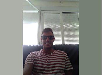 EasyPiso ES - Antonio - 24 - Malaga