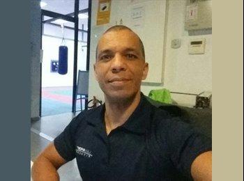 EasyPiso ES - Paulo Roberto - 39 - Marbella