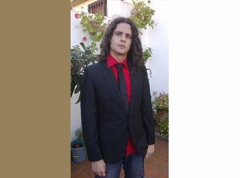 EasyPiso ES - Daniel - 22 - Granada