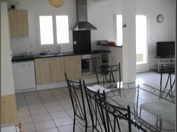 Appartager FR - GRANDE MAISON  RECENTE TOUTE EQUIPE  A LA ROCHELLE - Angoulins, La Rochelle - 380 € /Mois