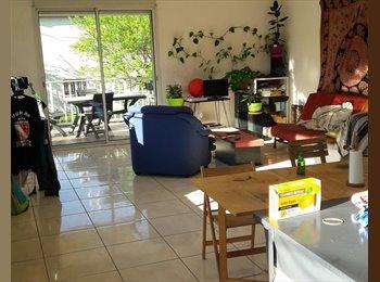 Appartager FR - Colocation dans jolie maison  pour une demoiselle  salariée  - Les Cévennes, Montpellier - 382 € /Mois
