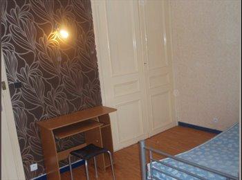 Appartager FR - Location pour étudiant (e )s - Tourcoing, Lille - 350 € /Mois