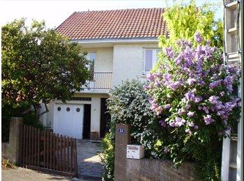 Appartager FR - maison au calme et au soleil à partager, Nantes - 400 € /Mois