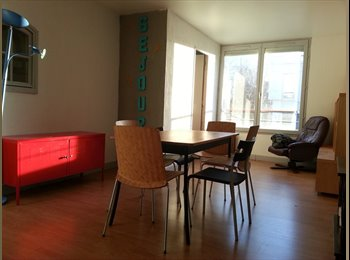 Appartager FR -  100m2+Terr, Pontoise/Cergy, 2 chambres/4 dispos, Éragny - 430 € /Mois