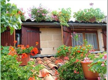 Appartager FR - Maison rénovée neuve, avec jardin, meublée, au centre ville très calme de Bordeaux - St Bruno - St Victor - Meriadeck, Bordeaux - 500 € /Mois