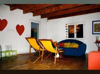Appartager FR - chambre a louer - Carpentras, Carpentras - 350 € /Mois