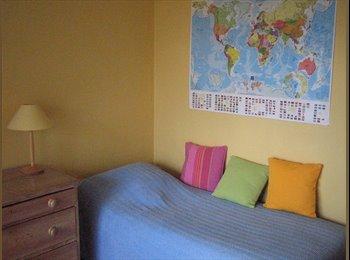 Appartager FR - chambre confortable - Centre Ville, Nantes - 320 € /Mois