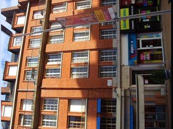 Appartager FR - chambre dans appartement plein centre ville - Amiens, Amiens - 370 € /Mois