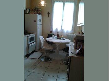 Appartager FR - calme et agreable  - Saint-Cyr-sur-Loire, Tours - 400 € /Mois