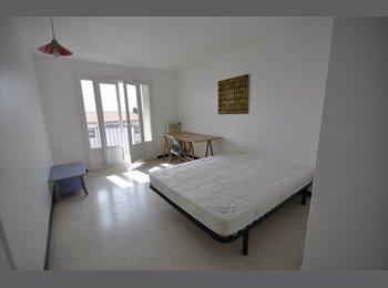 Appartager FR - chambre dans colocation. proche AEROPORT/EDHEC, Saint-Laurent-du-Var - 430 € /Mois