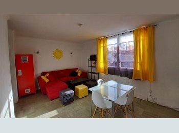 Appartager FR - T4 1er etage de Villa, Aix-en-Provence - 420 € /Mois