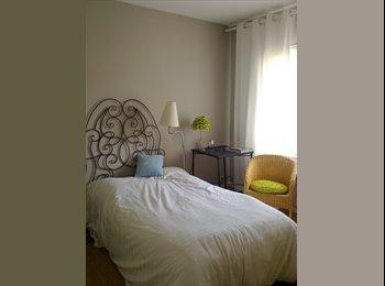 Appartager FR - Ch meublée  dans maison duplex  se libère - Chantilly, Chantilly - 390 € /Mois