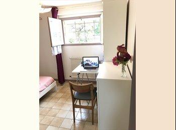 Appartager FR - chambre meublée, Laval - 260 € /Mois