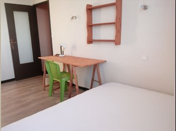 Appartager FR -  Carlito 3   complet, Pau - 355 € /Mois