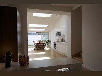 Appartager FR - Maison tout confort avec jardin - St maur - La Madeleine, Lille - 395 € /Mois