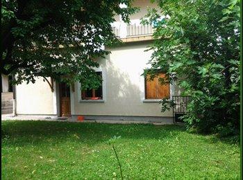 Appartager FR - loue chambres étudiant en colocation dans maison, Cognin - 450 € /Mois