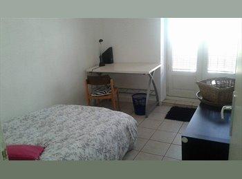 chambre meublée dans appartement en presqu ile
