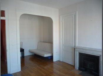 loue chambre meublée 22m²