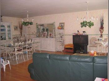 Appartager FR -  chambres  louer en coloc dans maison à rosny - Rosny-sous-Bois, Paris - Ile De France - 515 € /Mois