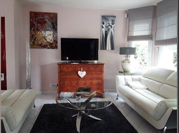 Appartager FR - propose colocation dans une maison neuve ,dans un - Chambray-lès-Tours, Tours - 380 € /Mois